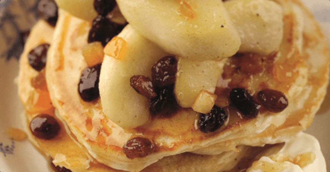 Thick Pancakes with Spiced Apple