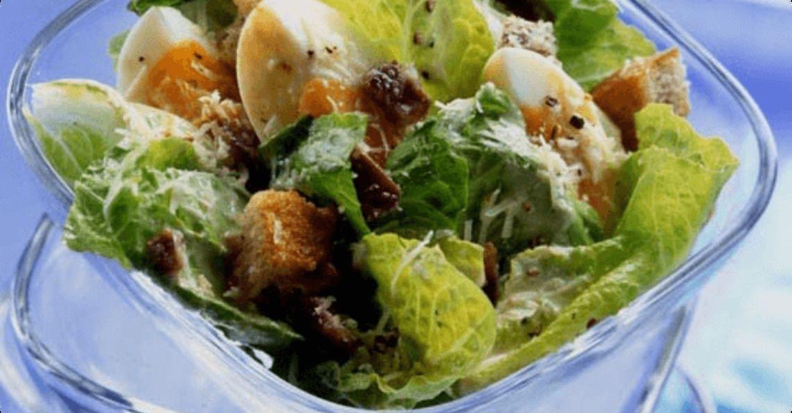 Egg caesar salad