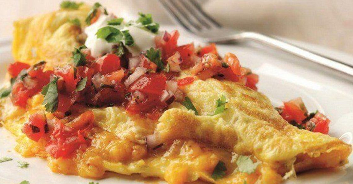 Chilli cheese & jalapeno omelette