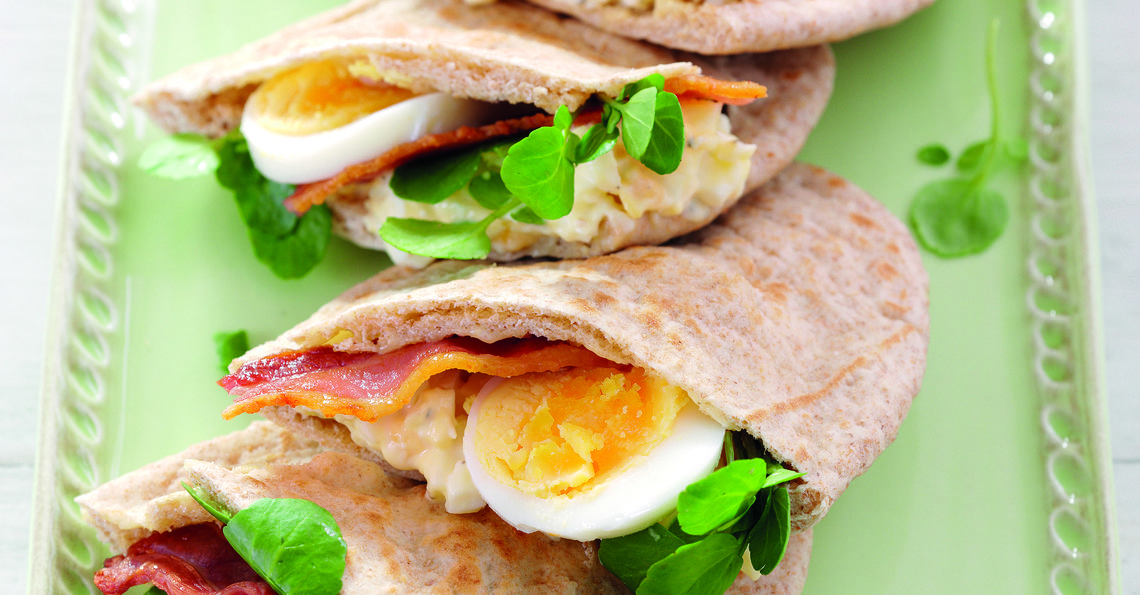 Bacon and egg pitta