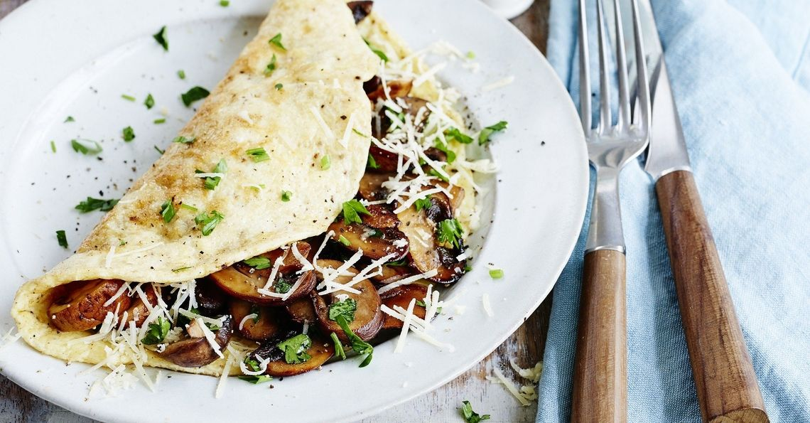 Cheesy mushroom and herb omelette