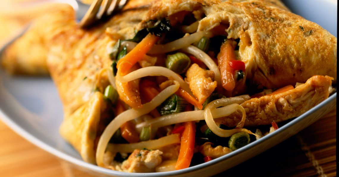 Thai chicken omelette