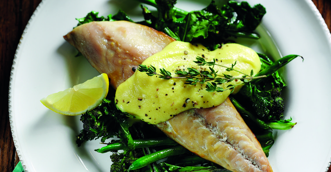 Mackerel with broccoli and special scrambled eggs