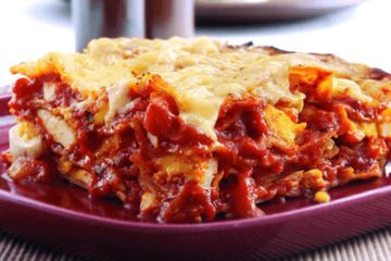 Egg and tomato lasagne