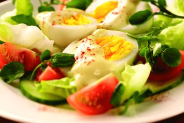 Tomato and cucumber boiled egg salad