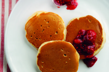Pancakes flavoured with heather honey