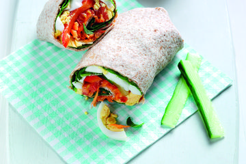 Egg and spinach wraps