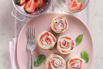 Strawberry and ricotta rollups