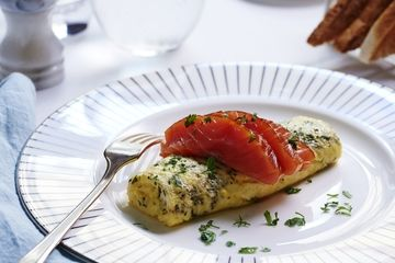 Fine herb omelette with sliced smoked salmon