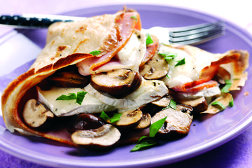 Mushroom, ham and goat's cheese pancakes