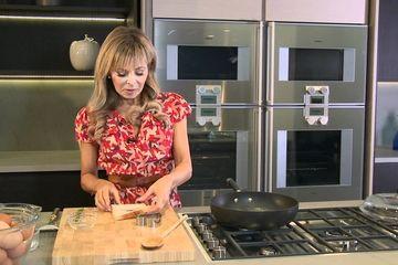 Embedded thumbnail for Annabel Karmel's hearty breakfast