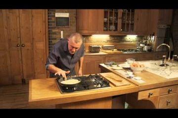 Embedded thumbnail for How to make an omelette by Paul Merrett