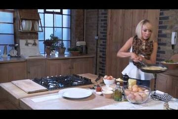 Embedded thumbnail for Pizza omelette by Liz McClarnon