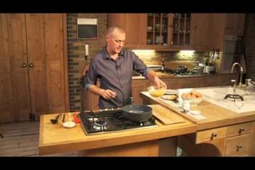 Embedded thumbnail for How to scramble eggs by Paul Merrett